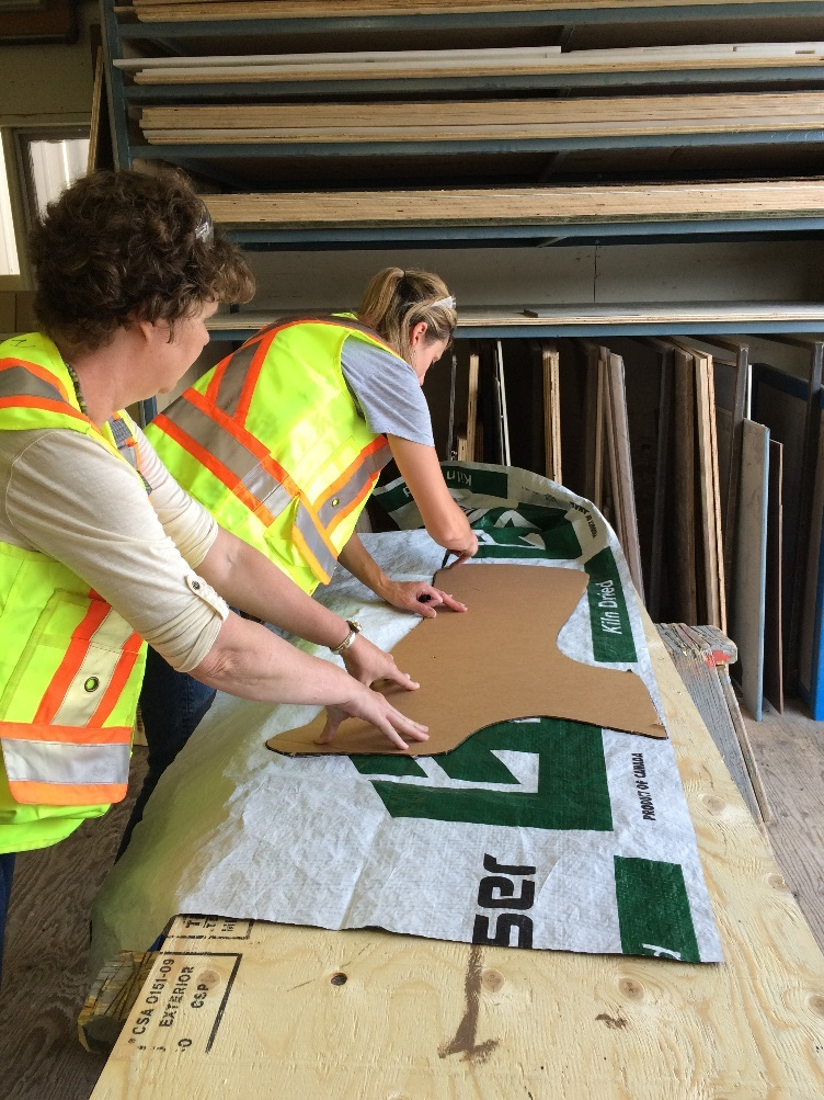 Mark Deny, a local saddle maker and leather worker (company: Cariboo Saddlery) provided us a cardboard pattern for us to trace on the lumber wrap. This shape was accurate and so easy to use!